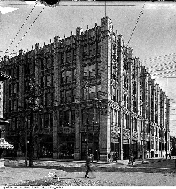 Then And Now: 299 Queen St W - Hanna In The City